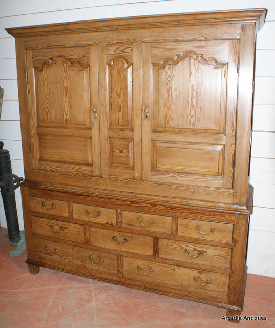 Welsh House Keepers Cupboard