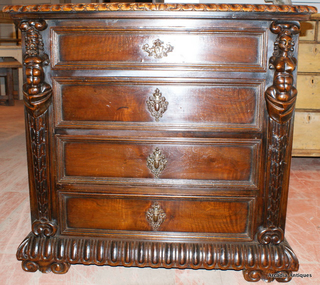 Italian Wallnut Commode