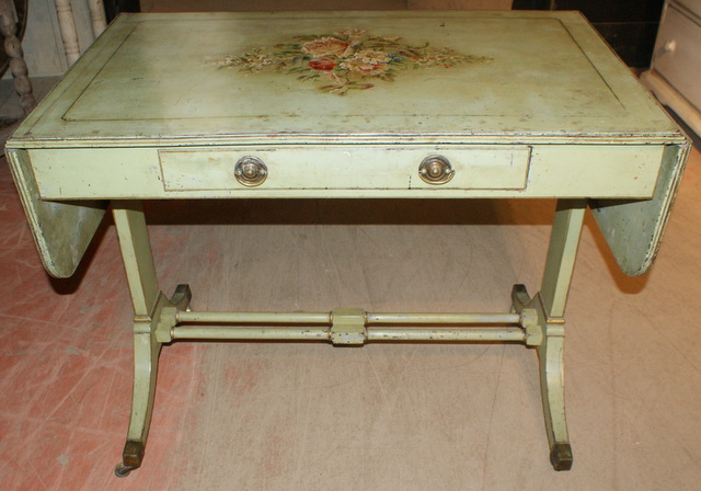 Country House Lamp Table