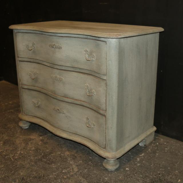 Pretty Painted Commode