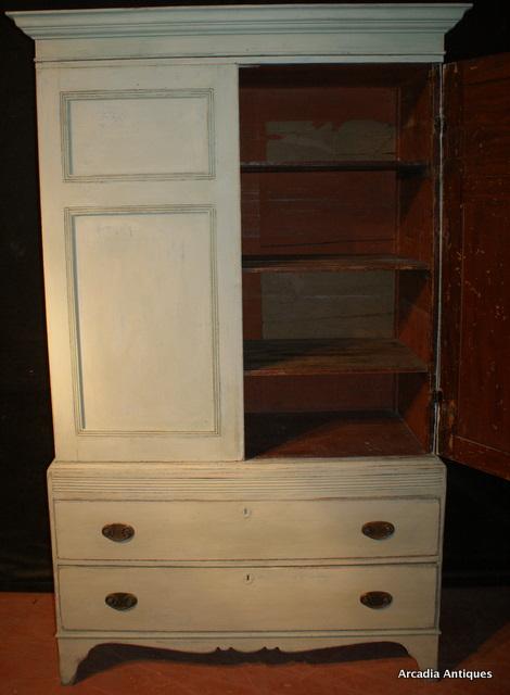 Georgian Painted Pine Linen Cupboard. ARCADIA ANTIQUES LTD - Georgian Painted Pine Linen Cupboard - Antique CUPBOARDS