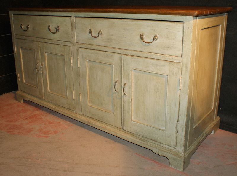 Antique Pine Furniture is still one of the nations favourite decorative antiques