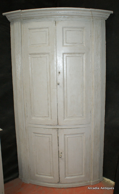 Georgian Bowed Corner Cupboard