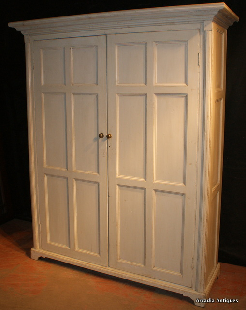 Welsh Linen Cupboard