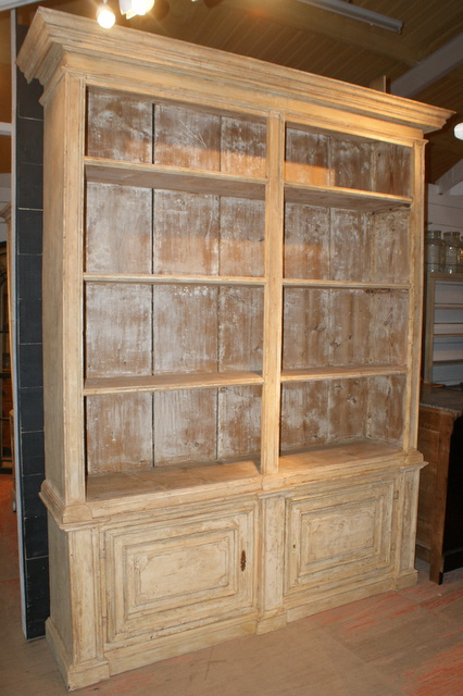 Amazing 18th C Bookcase