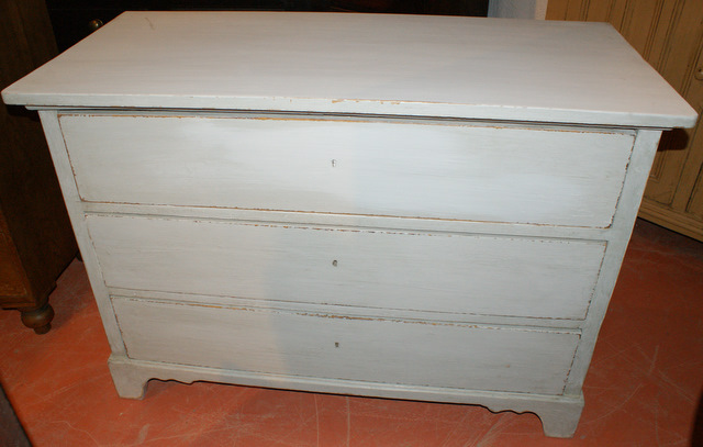 3 Drawer Continental Commode