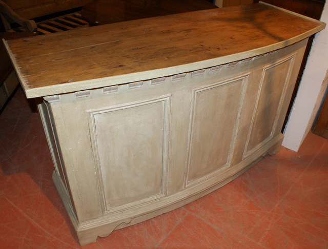 French Bowed Shop Counter