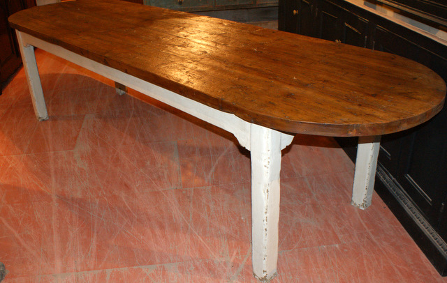 D-end Farm Table
