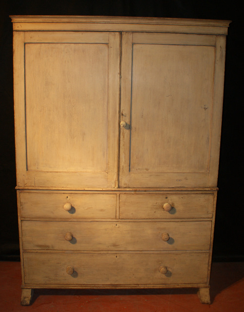 Original painted linen press antique cupboards for Linen press