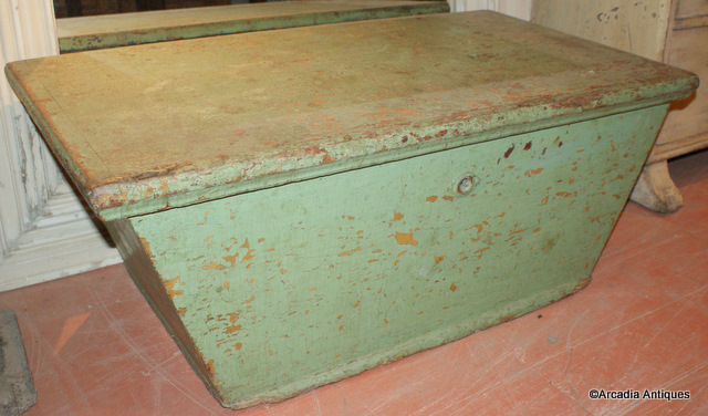 Unusual Green Coffer
