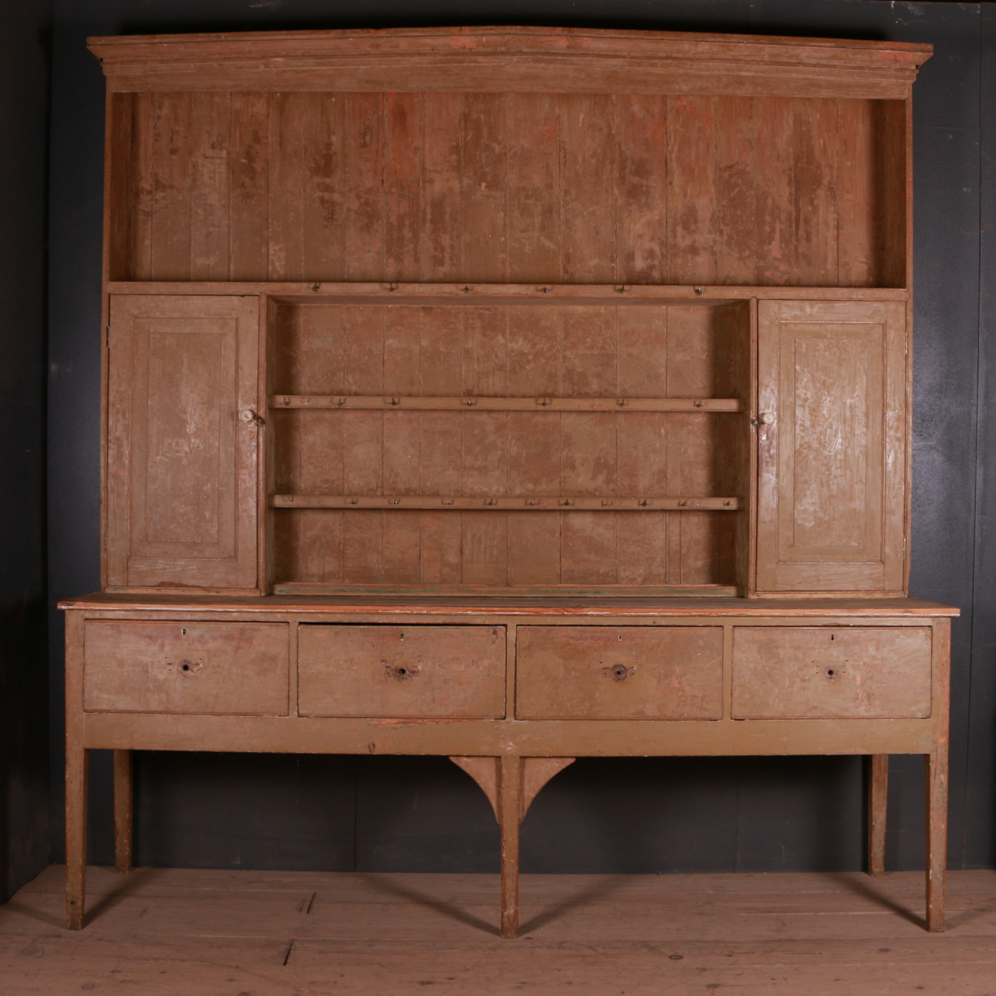 Country House Dresser