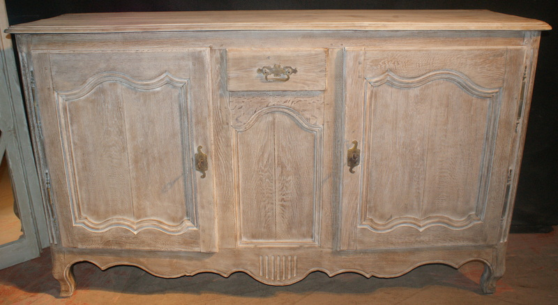 Bleached Enfilade