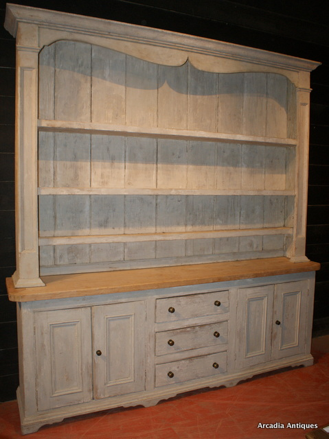 Wonderful Country House Dresser