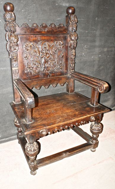 Oak Amp Walnut Throne Chair Antique Seating