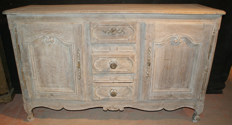 Bleached French Enfilade