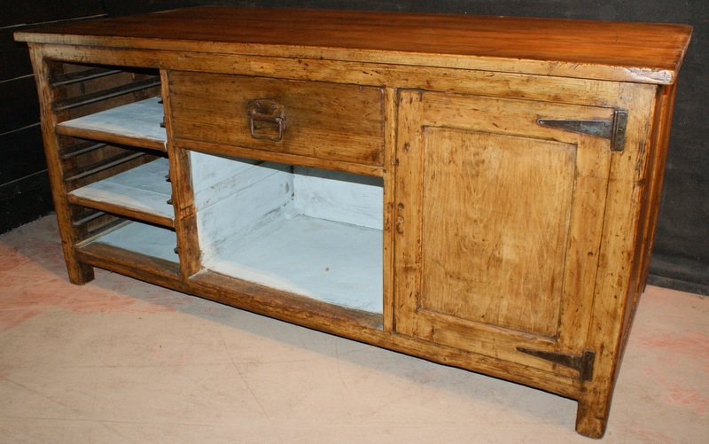 English Antique Island Unit