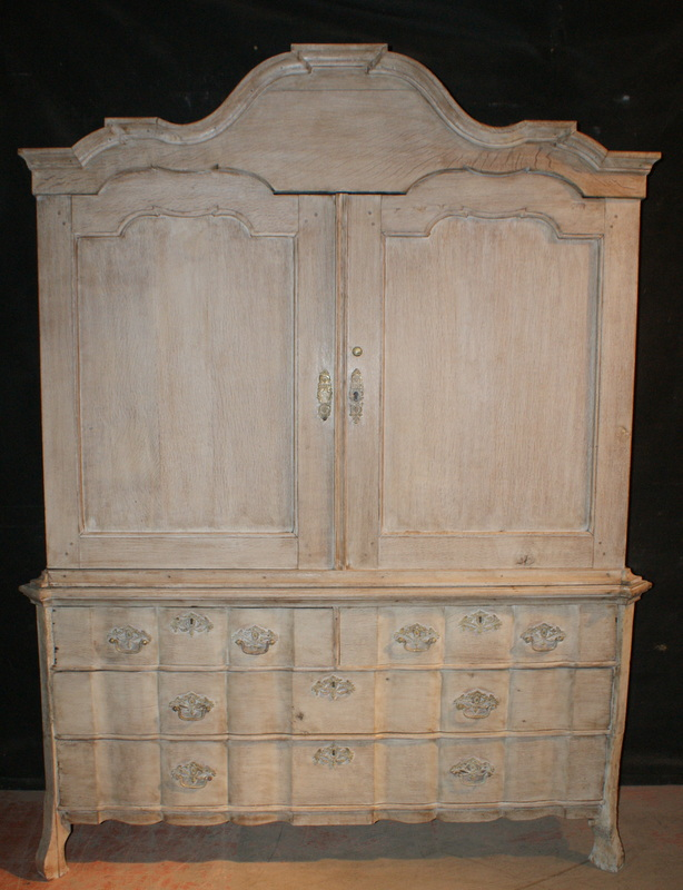 Dutch Oak Linen Press