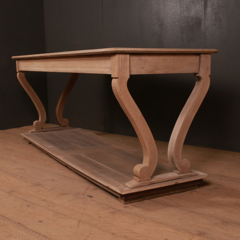 French Oak Drapers Table
