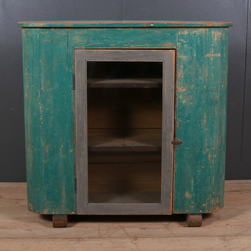 Original Painted Huffer/ Cupboard - Antique Cupboards UK:: French Cupboards - Antique Oak Cupboards