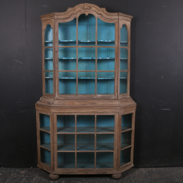 Pretty Dutch Cupboard