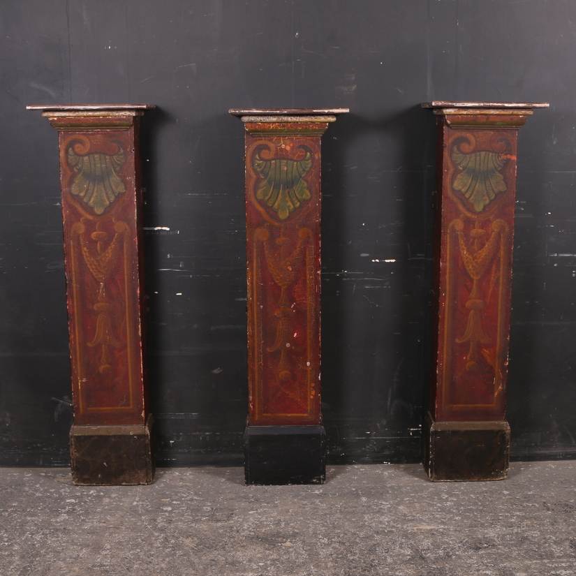 Set of 3 Pedestals