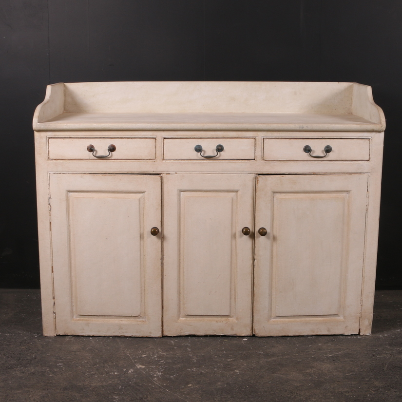 Scottish Dairy Dresser