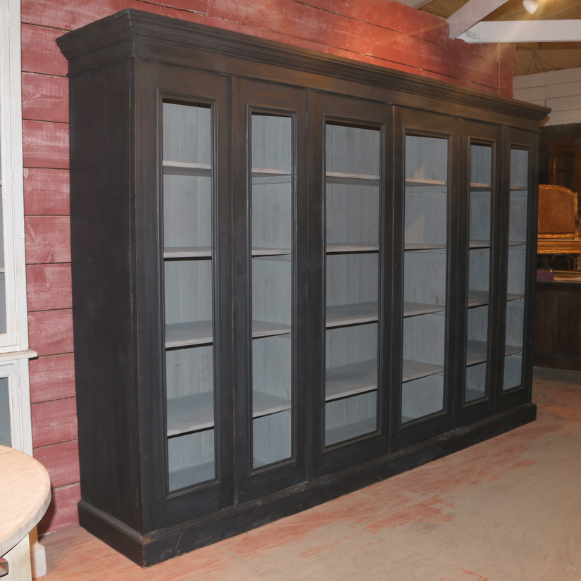 Stunning Display Cupboard