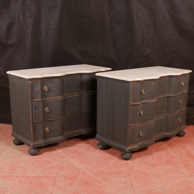 Pair of Continental Commodes / Bedside Chest