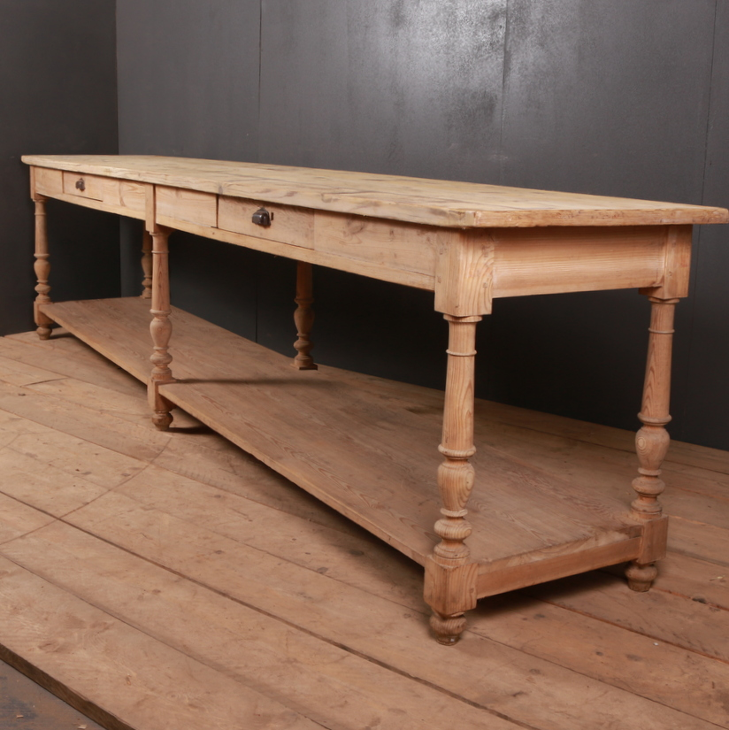 Pine Drapers Table
