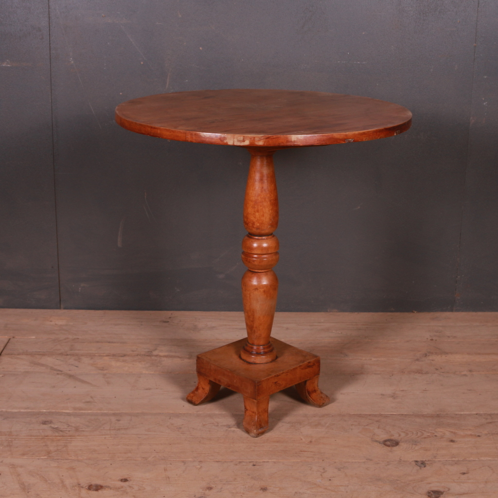 Swedish Lamp Table