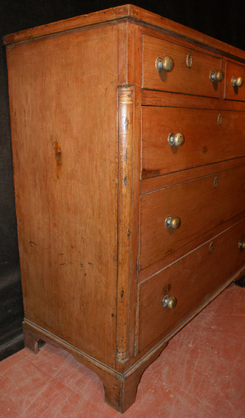 Georgian Pine Chest Of Drawers