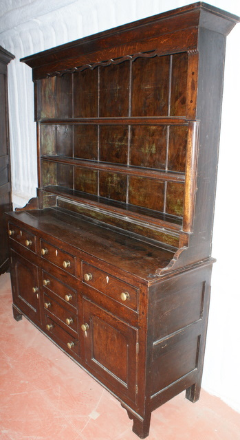 North Welsh Oak Dresser