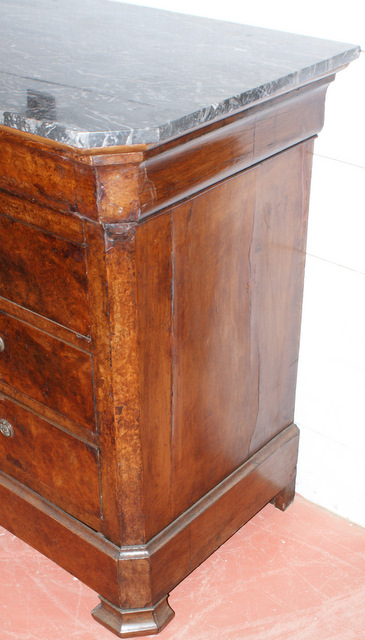 Burr Walnut Commode