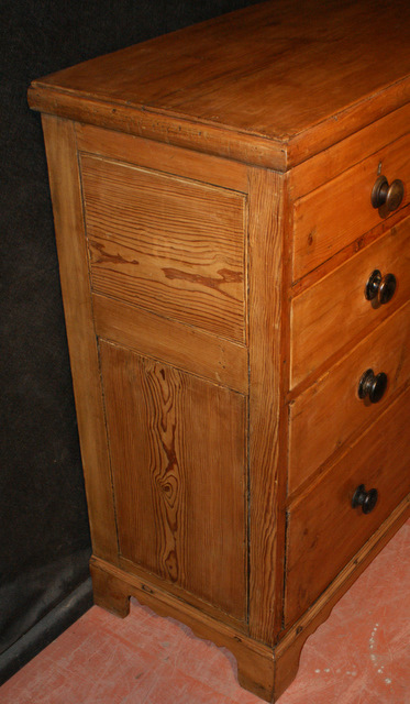 Welsh Pine Chest of Drawers