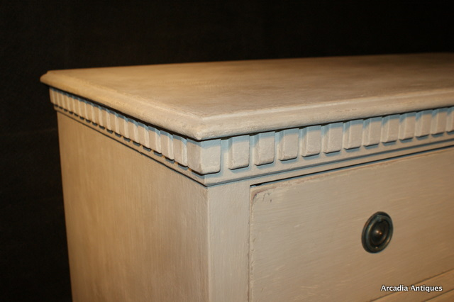 3 Drawer Swedish Style Commode