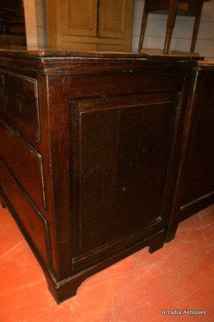 Antique Oak Dresser Base / Chest of 9 Drawers