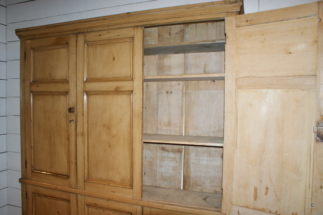 Narrow Linen Cupboard