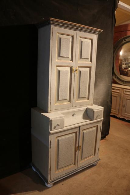 Scandinavian Linen Cupboard Antique Cupboards