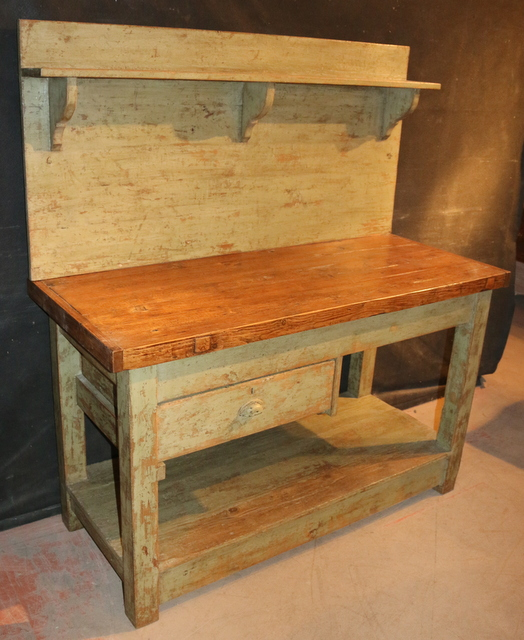 Server/Potting table