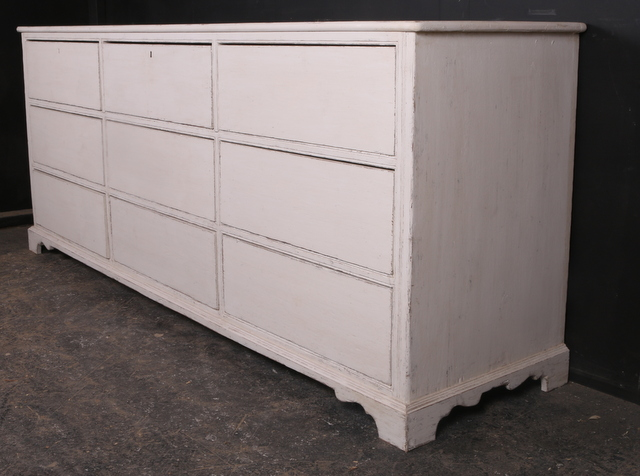 Bank of 9 Drawers