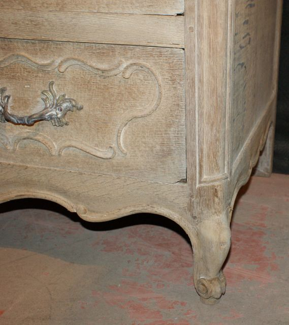 Fabulous Bleached Commode