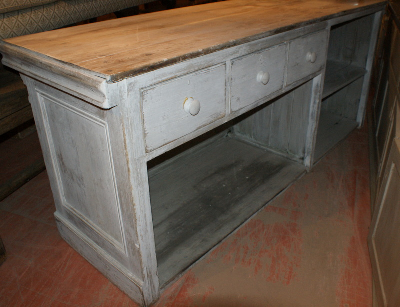 Victorian Island Unit / Counter