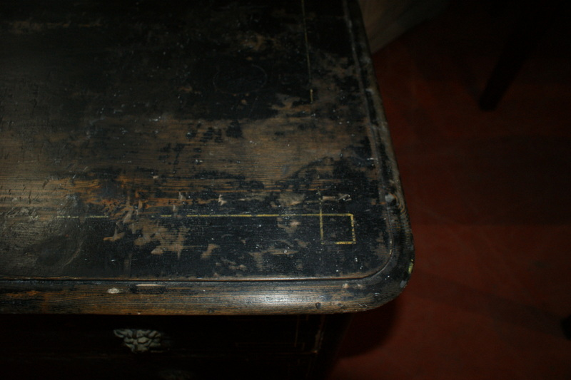 3 Drawer Commode