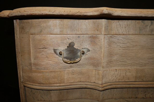 Continental Serpentine Commode
