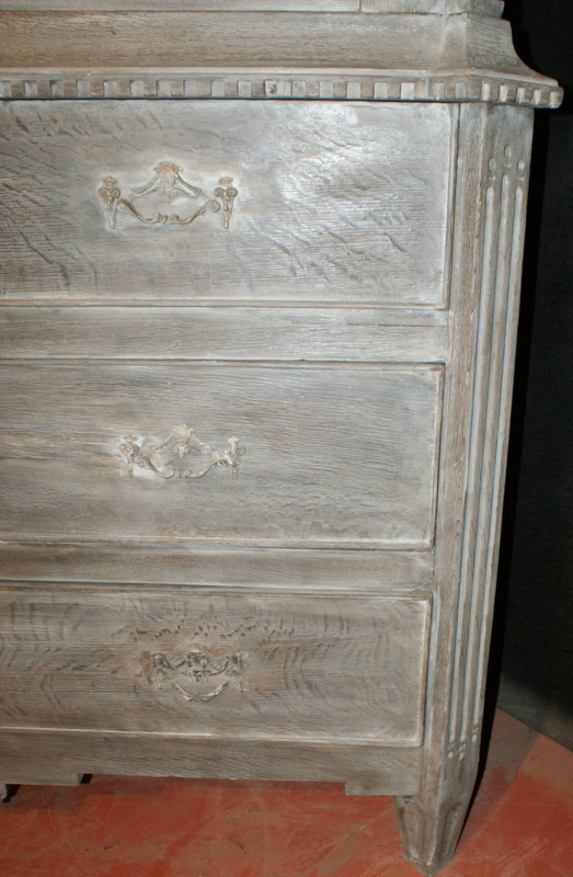 Dutch Oak Linen Cupboard