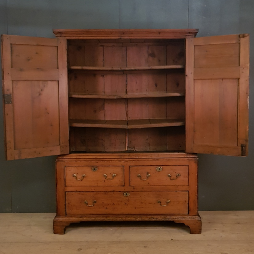 Welsh Pine Linen Cupboard