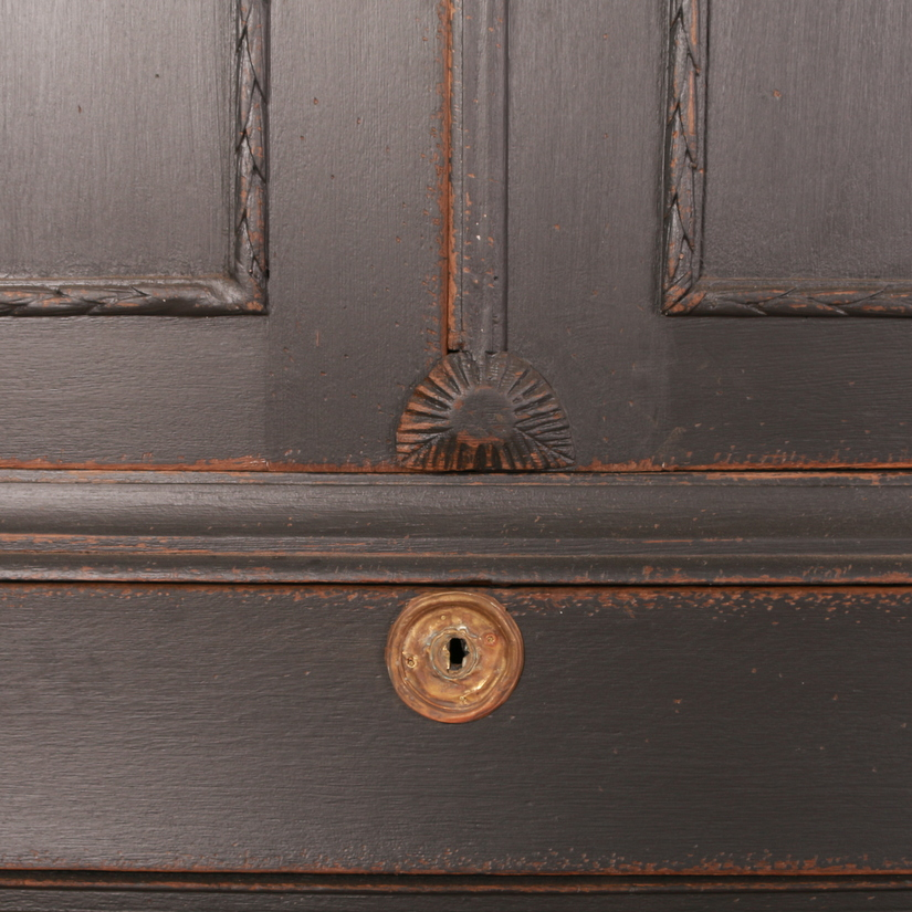 Dutch Linen Press
